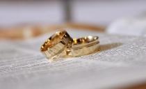 weddding-rings.jpg